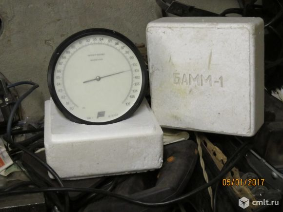 Барометр-анероид БАММ-1