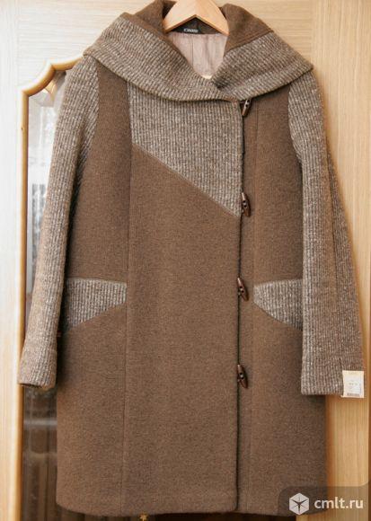 Новое демисезонное пальто из валенной шерсти