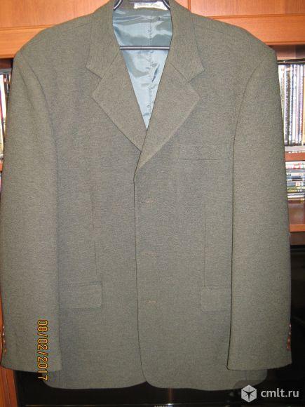 Продам мужской пиджак.