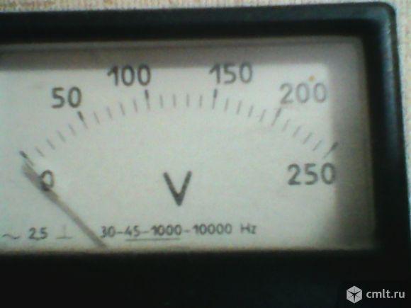 Продается вольтметр переменного напряжения 0-250В. Фото 1.