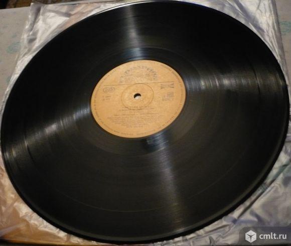 "Грампластинка (винил). Гигант [12"" LP]. The Blue Effect. A Benefit Of Radim Hladik. Czechoslovakia.. Фото 8."