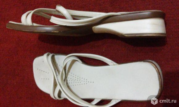 Обувь на 39-39,5 туфли танц.. Фото 8.
