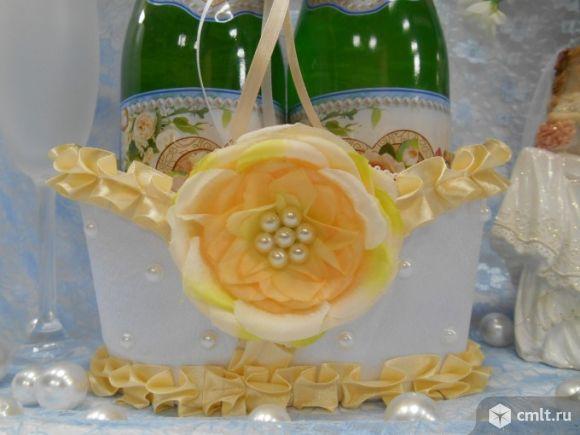 Корзинки для свадебных бутылок