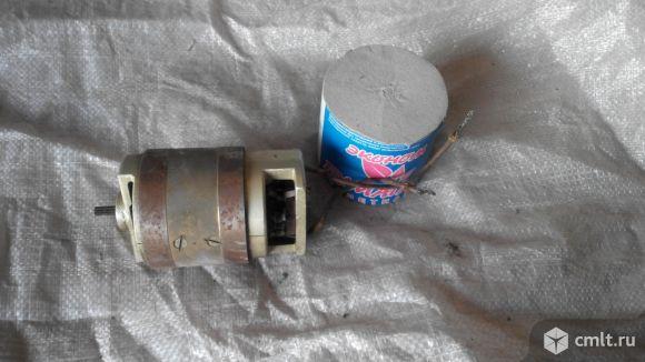 Двигатель постоянного тока. Фото 1.