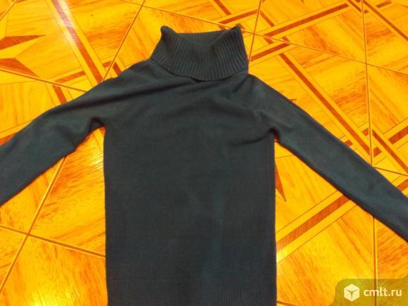 Трикотажные свитера. Фото 1.