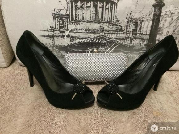 Продаю туфли с открытым носом из натуральной черной замши. Фото 5.