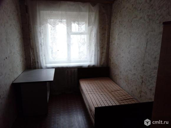 Продаю комнату или меняю на гараж в Тепличном с доплатой. Возможна оплата маткапиталом