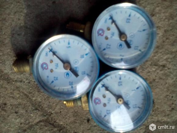 Манометр 0- 2,5 МПа и 0- 25 МПа. Фото 1.