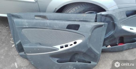 Обшивка двери Хундай Солярис Hyundai Solaris. Фото 2.