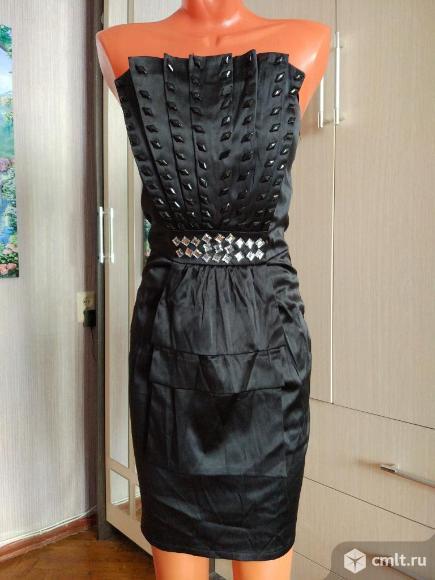 Продам красивые коктейльные платья. Фото 1.