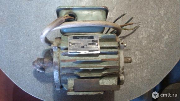 Электро двигатель. Фото 7.