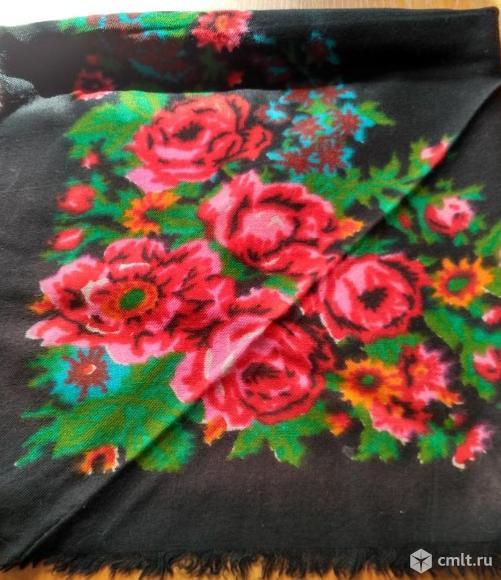 Платок цветной новый. Фото 1.