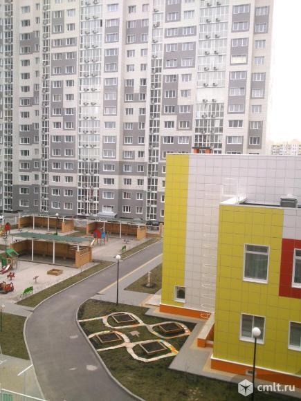 3-комнатная квартира (с дополнительной комнатой с окном 7 кв.м) общая площадь - 66,8 кв.м