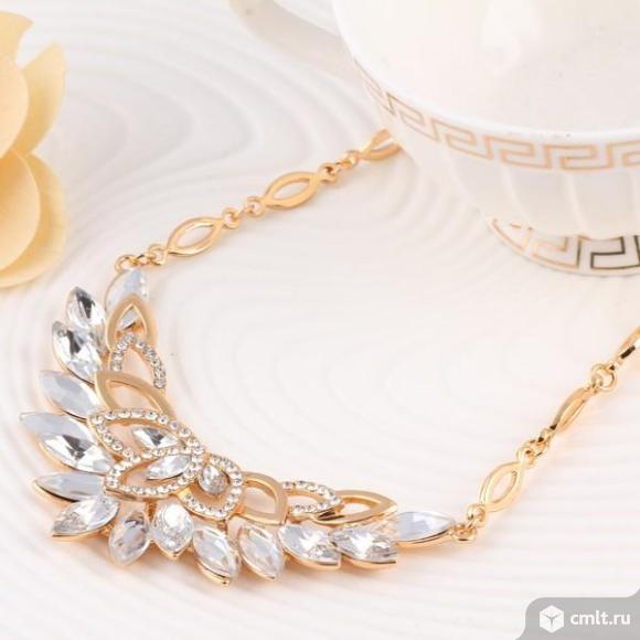 Хрустальный цветок.Ожерелье ювелирных изделий. Фото 3.