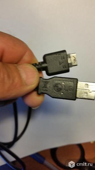 Кабели USB и зарядки на старые тел.