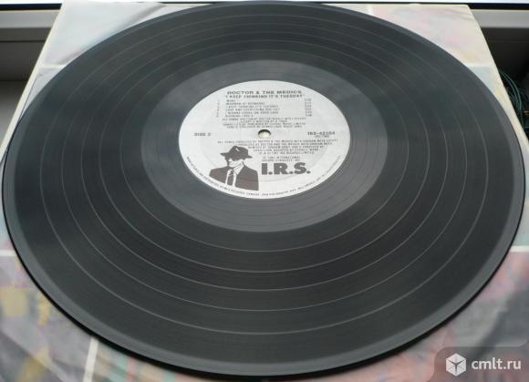 """Грампластинка (винил). Гигант [12"""" LP]. Doctor and The Medics. I Keep Thinking It's Tuesday. 1987.. Фото 8."""