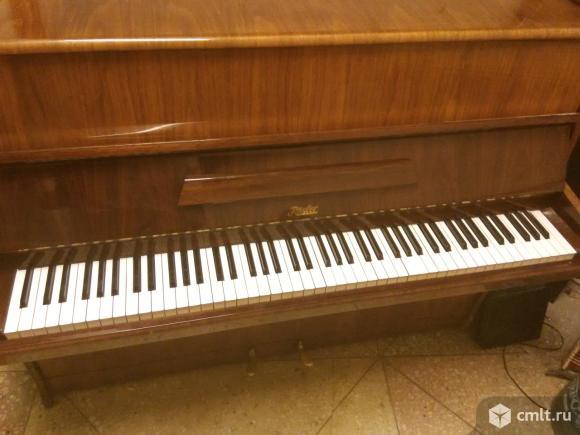 Продам пианино реслер производства Чехословакии настроен отрегулирован