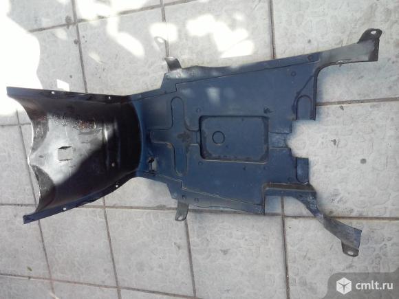 Пластиковая защита для скутера