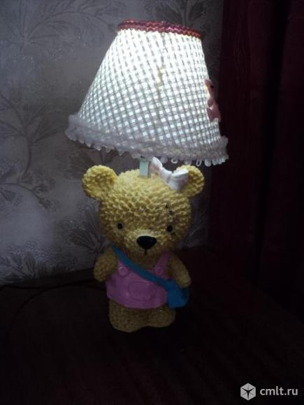Светильник лампа настольная