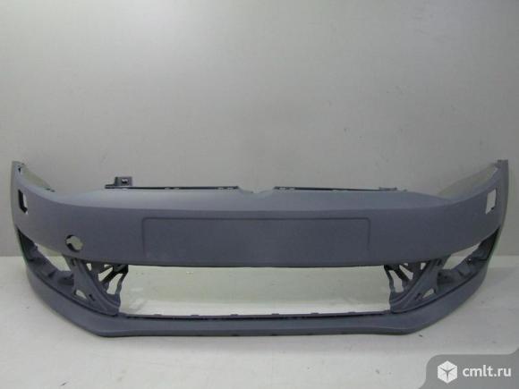 Бампер передний под омыв VW POLO седан 10-15 новый. Фото 1.
