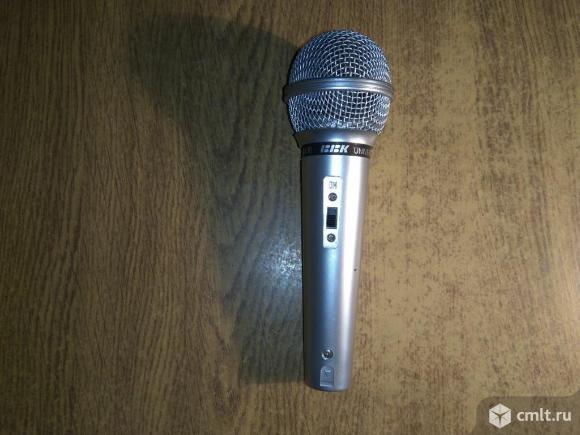 Микрофон динамический проводной BBK DM-100 караоке