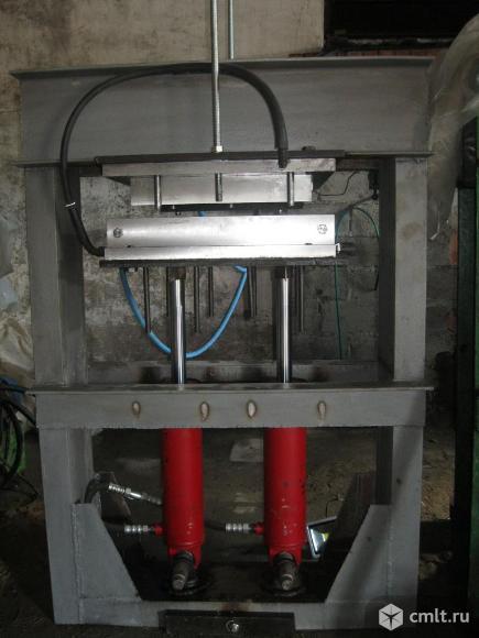 Оборудование для изготовления полимерпесчаных изделий. Фото 1.