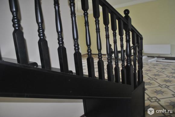 Изготовление деревянных лестниц на заказ качественно. Фото 7.