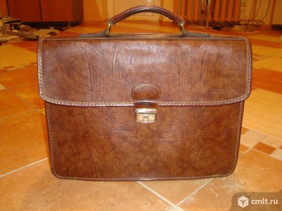 Продаю портфель из натуральной кожи. Фото 1.