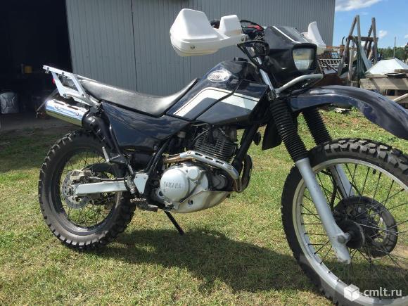 Мотоцикл Yamaha Serow XT 225