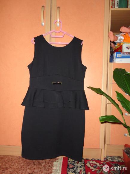 Школьное платье-сарафан в идеальном состоянии