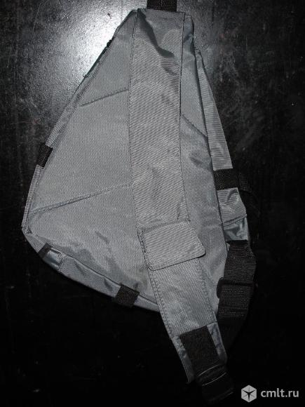 Рюкзак треугольный.