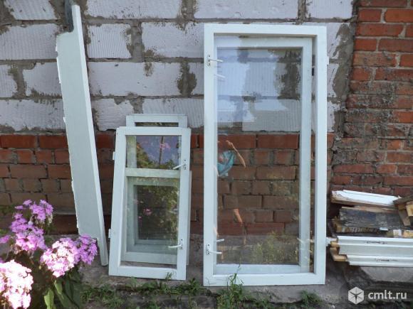 2 деревянных окна