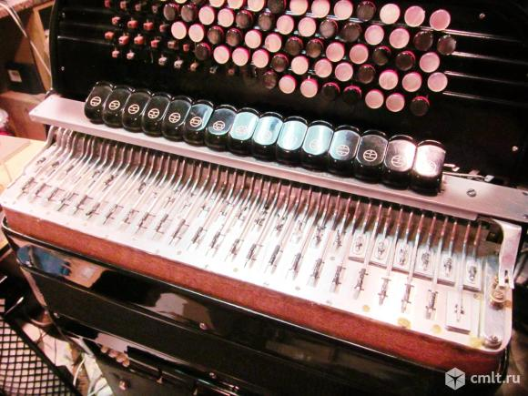 Ремонт аккордеон, баян, гармонь. Фото 1.