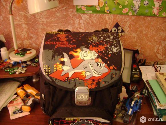 Продам ранец для школы.