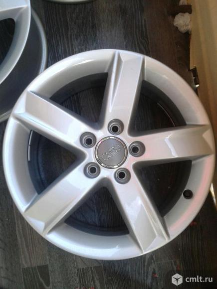 Продам новые оригинальные диски Audi R16