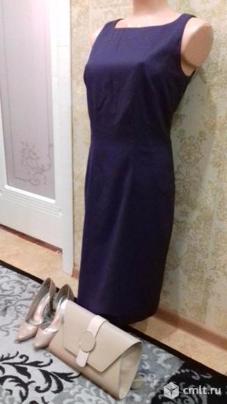 Продаю элегантное платье фиолетового цвета