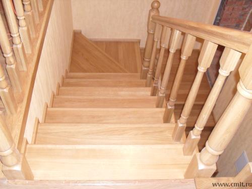 Лестниц из сосны, дуба и других пород дерева, металлических изготовление. Любая сложность.