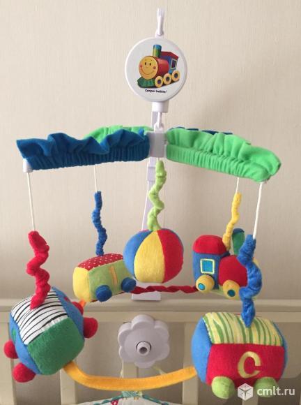 Музыкальная игрушка-карусель Паровозик