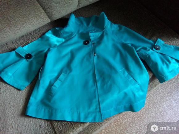 Продажа плащ-куртки.. Фото 2.