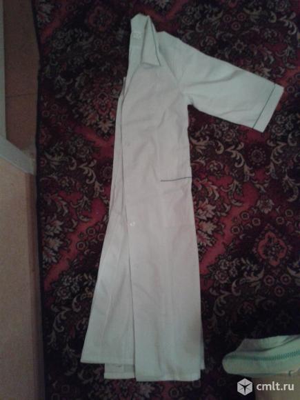 Новые медицинские халаты 117см. Фото 1.