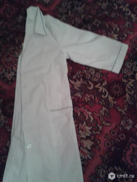 Новые медицинские халаты 117см. Фото 2.