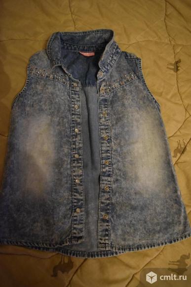 Жилетка джинсовая.. Фото 1.