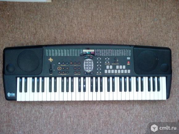 Музыкальные инструменты, синтезатор