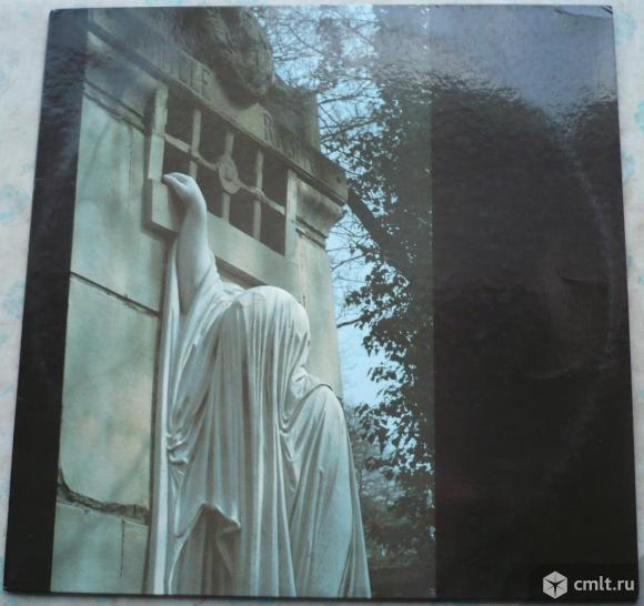 "Грампластинка (винил). Гигант [12"" LP]. Dead Can Dance. Within The Realm Of A Dying Sun. 1987. Литва. Фото 1."