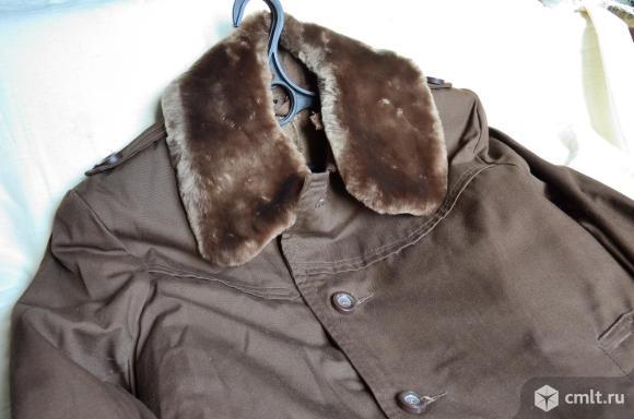 Пальто или плащ утеплённый в новом состоянии. Фото 1.