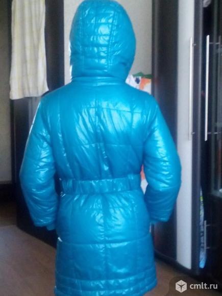 Продам пальто для девочки на синтепоне