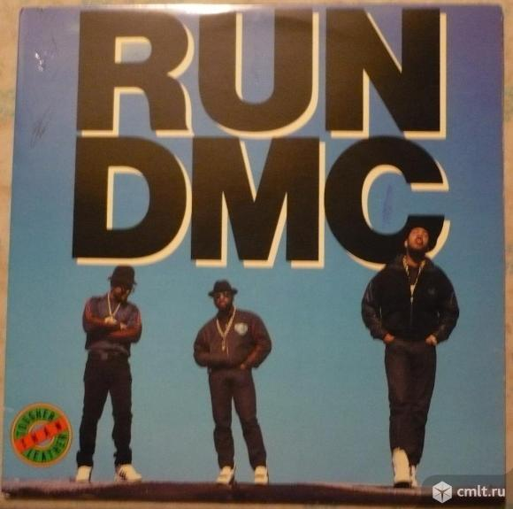 "Грампластинка (винил). Гигант [12"" LP]. Run-D.M.C. Tougher Than Leather. 1988. Profile Records. США.. Фото 1."