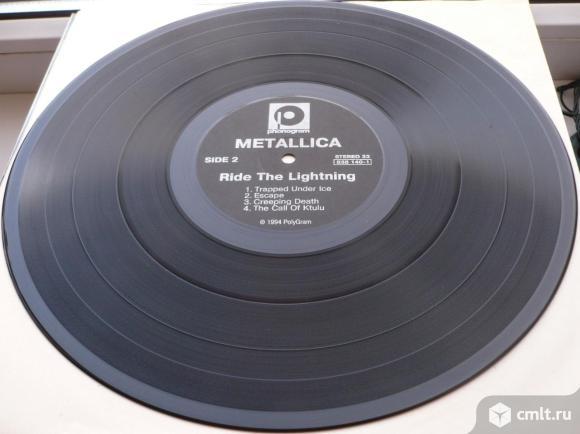 """Грампластинка (винил). Гигант [12"""" LP]. Metallica. Ride The Lightning. 1984. PolyGram, 1994. Россия.. Фото 8."""