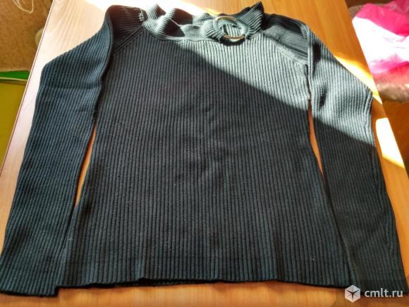 Черная женская кофта. Фото 1.