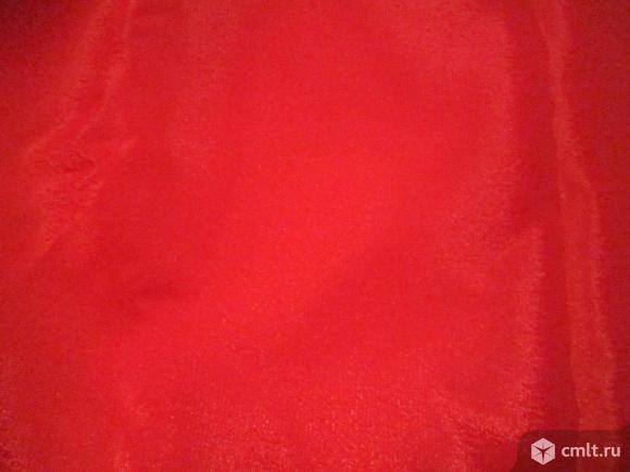 Атлас красный -- 1.5 х 2.5 м